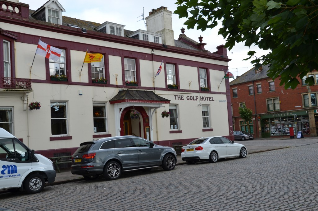 The Golf Hotel - No golf In Sight